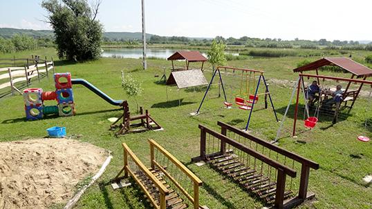 Játszótér - Jakabka Horgásztó Sződ